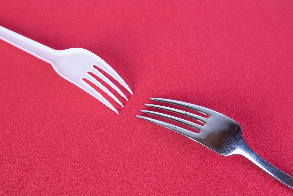 plastic fork, metal fork, sustainable products