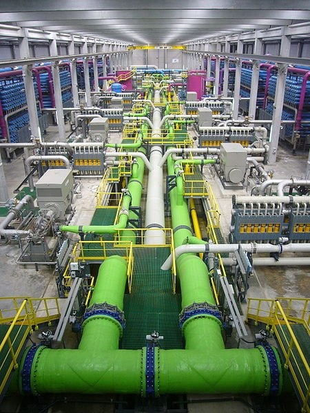 Desalination plant. Water conservation importance