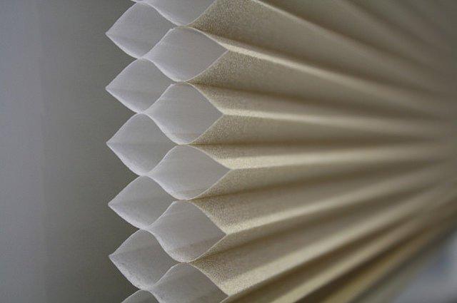 honeycomb blinds. heat-blocking window treatments