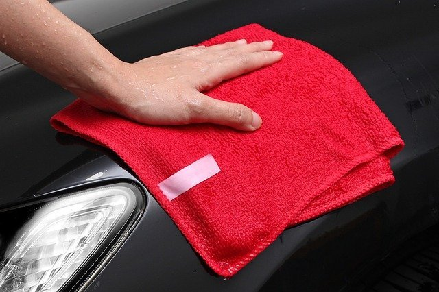 Microfiber cleaning cloth instead of paper towels